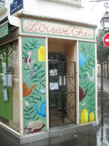 Oisive Thé for tea and yarn in Paris