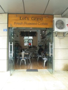 Let's Grind for coffee in Chengdu